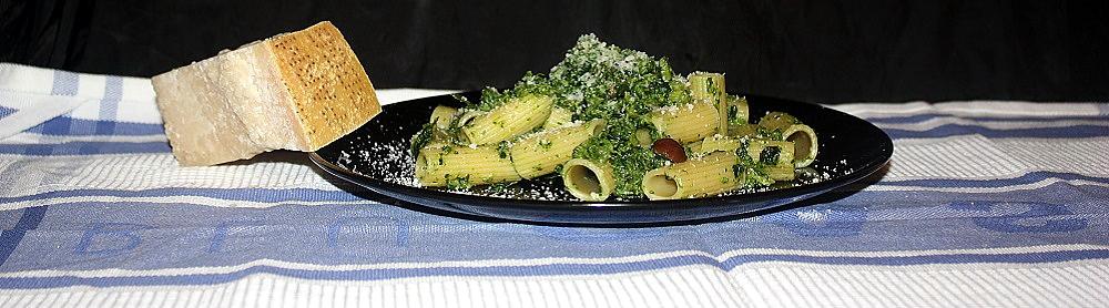 Rigatoni piccanti broccoli e acciughe