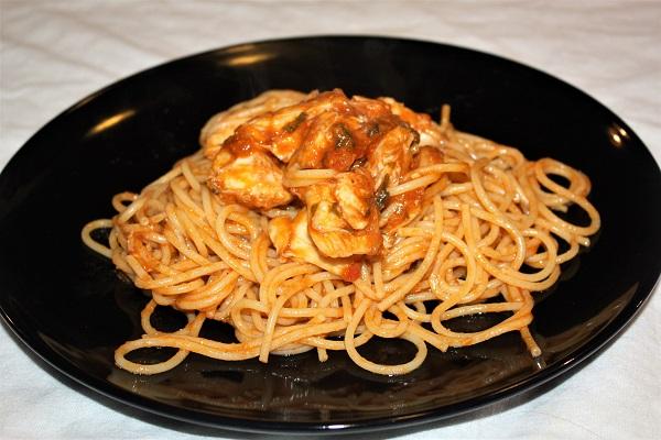 Sugo di scorfano perfetto per condire spaghetti o linguine