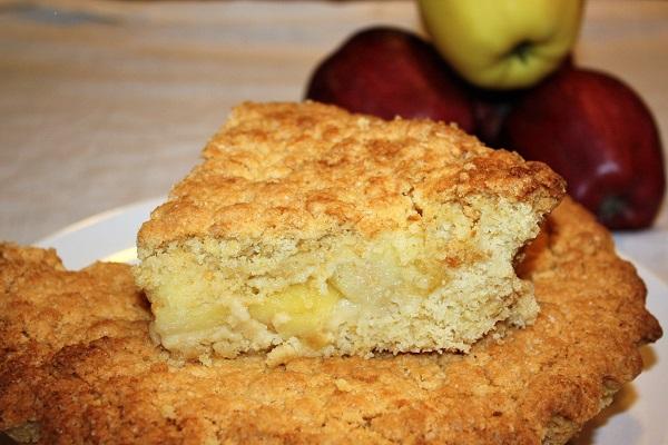 Torta sbriciolata di mele ricetta classica