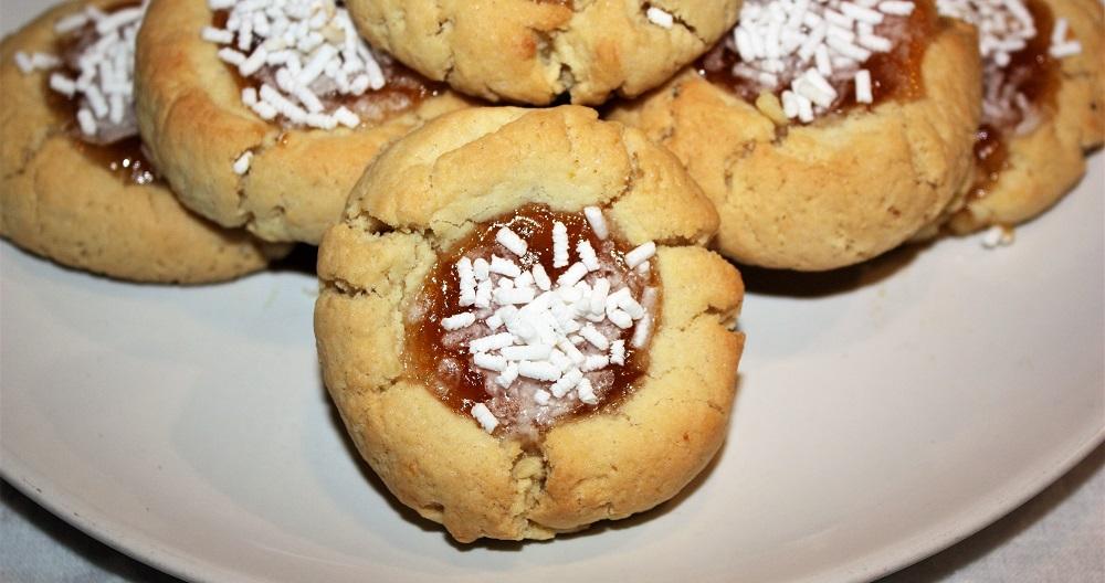 biscotti semplici con marmellata