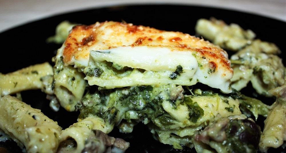 Pasta al forno con broccoletti salsiccia e besciamella