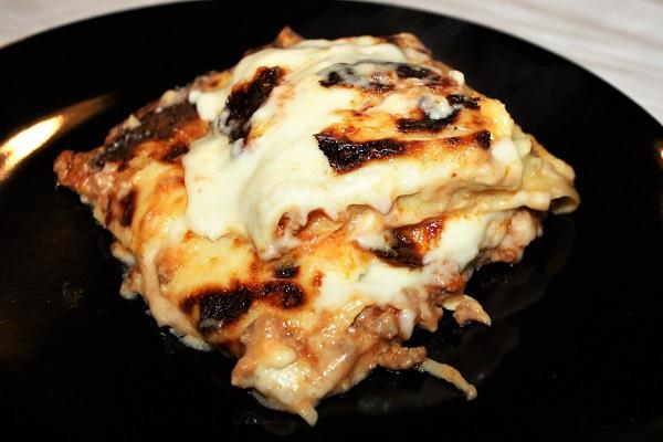 Lasagna ragù scamorza affumicata e mozzarella