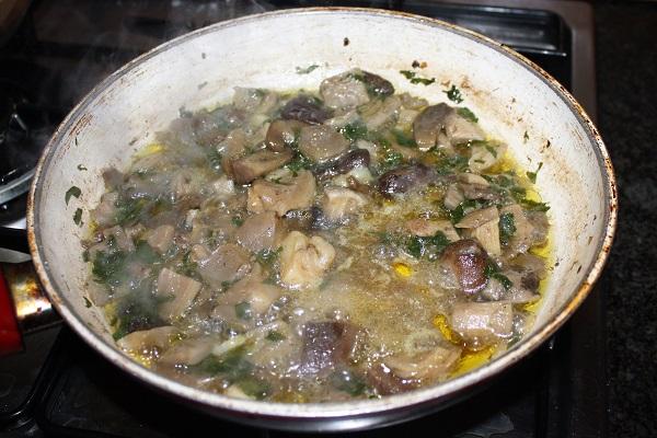 risotto con crema di funghi e noci
