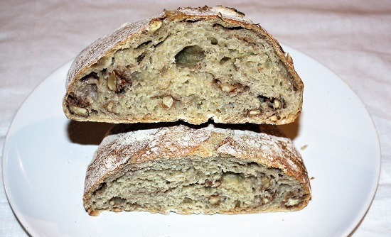 pane senza impasto con le noci